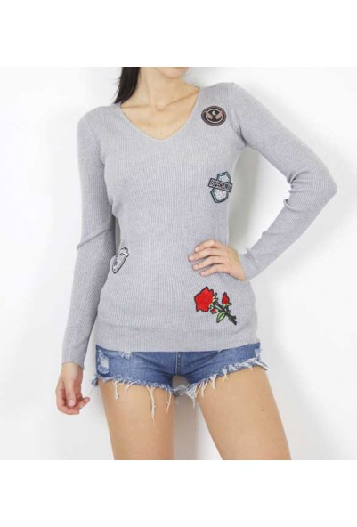 Блуза с розичка в сив цвят
