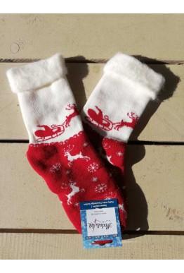 Коледни пухести чорапи от пан със еленче и шейна