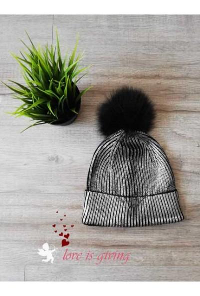 Сребриста шапка с естествен пух